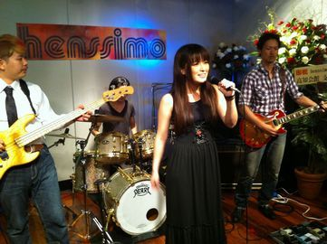 『henssimo』Anniversary Live風景
